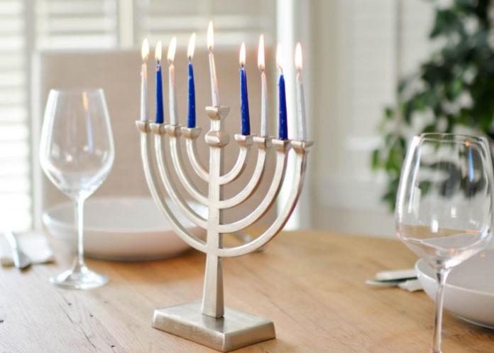 National Menorah lit in DC to signal start of Hanukkah